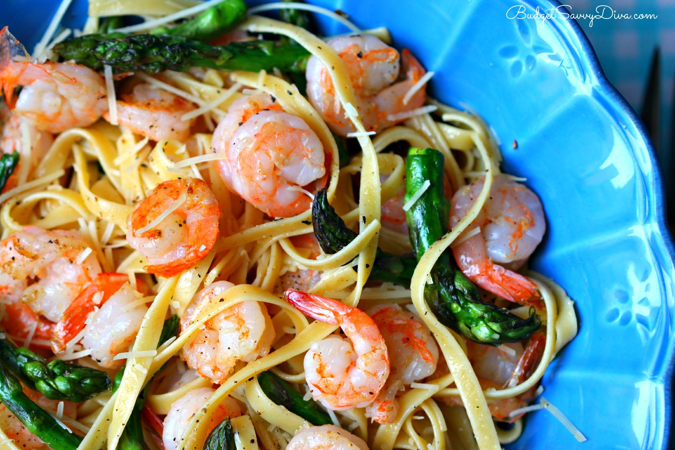 Fettuccine asparagi e gamberetti
